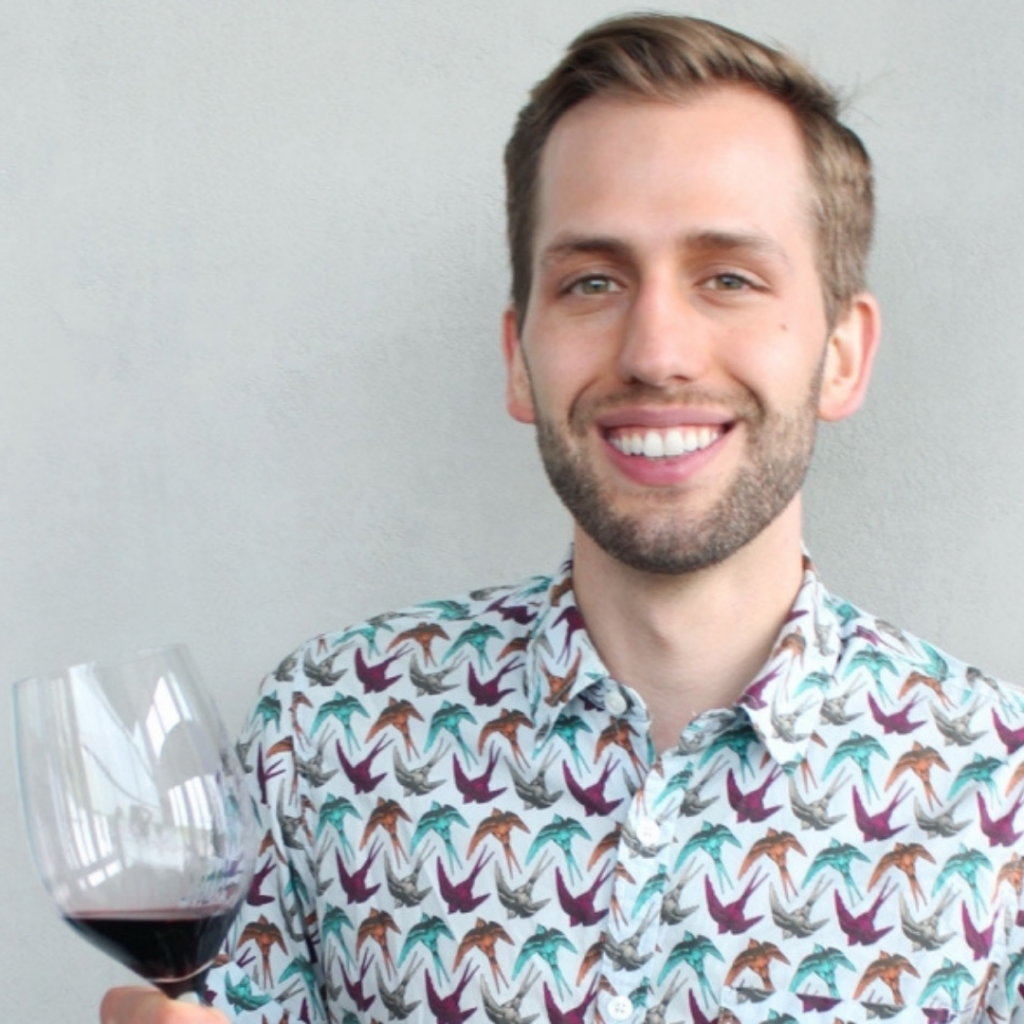 Mackenzie Putici Sommelier New World Wine Tours